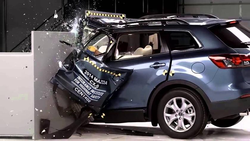 En Güvenilir Araçların Çarpışma Testi