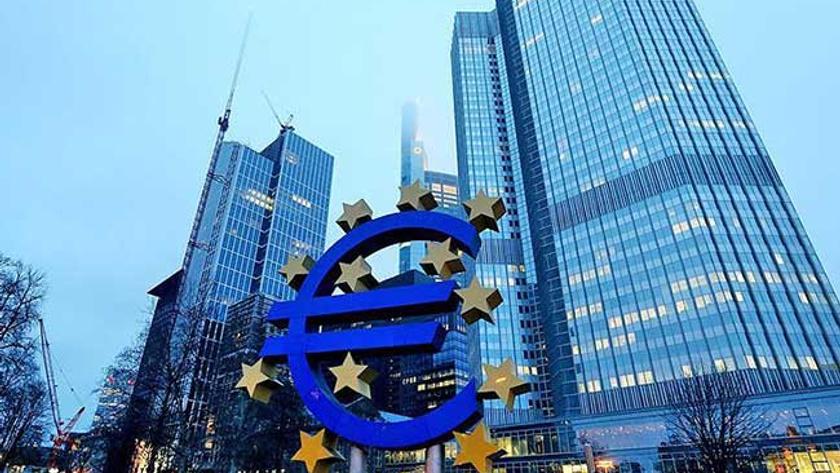 ECB, faizleri sabit tuttu