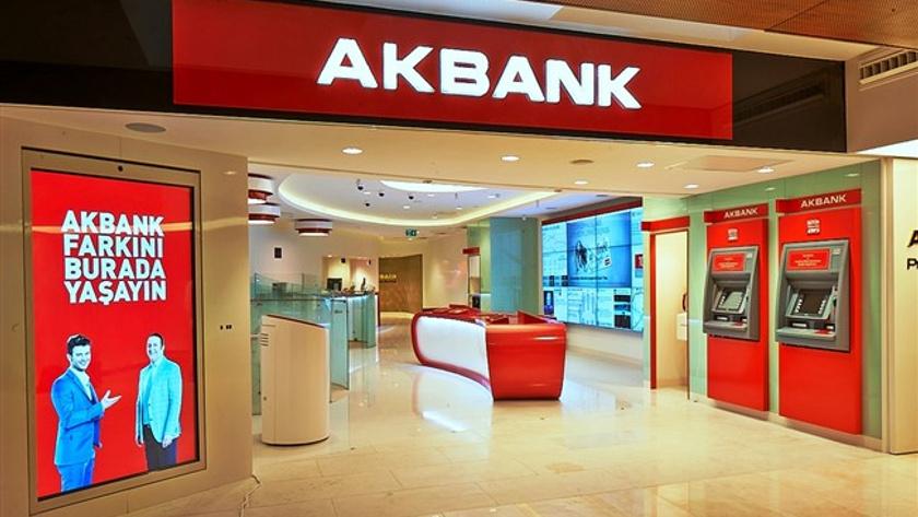 Akbank'tan 1 milyar 408 milyon TL net kar
