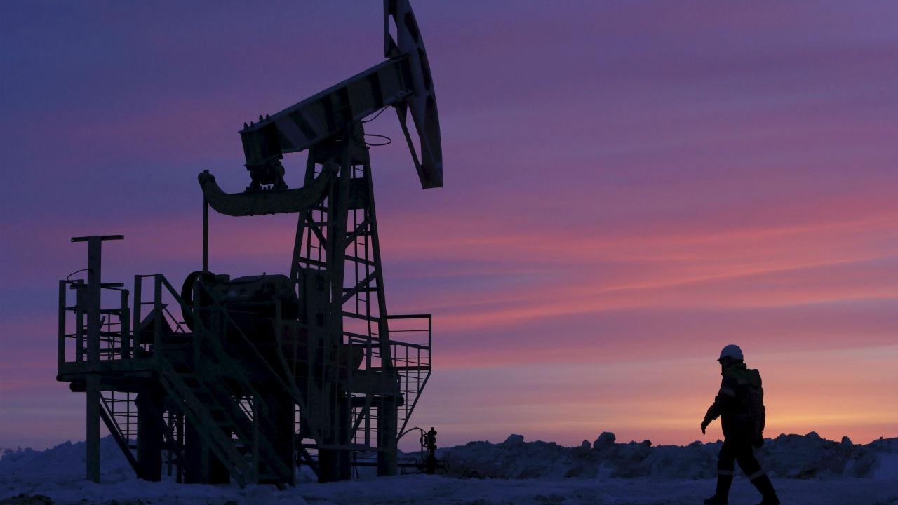 Petrol OPEC sonrası sert yükseldi
