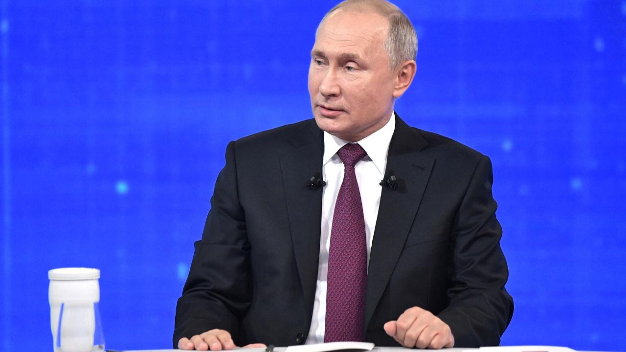 Putin'den karantina kararı