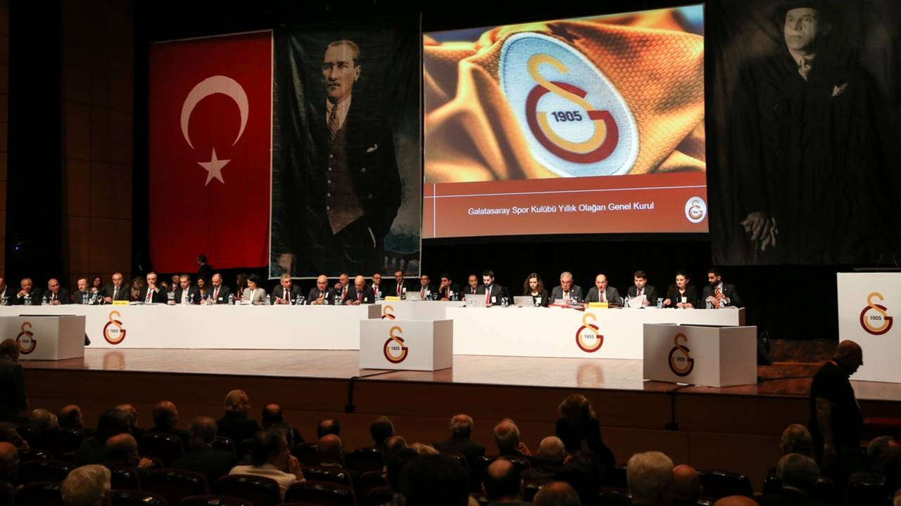 Galatasaray'dan 'Ligler ertelensin' önerisi: O tehlikeye dikkat çekti