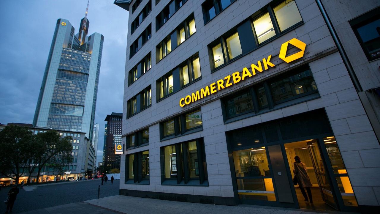 Commerzbank dolar/TL tahminini revize etti