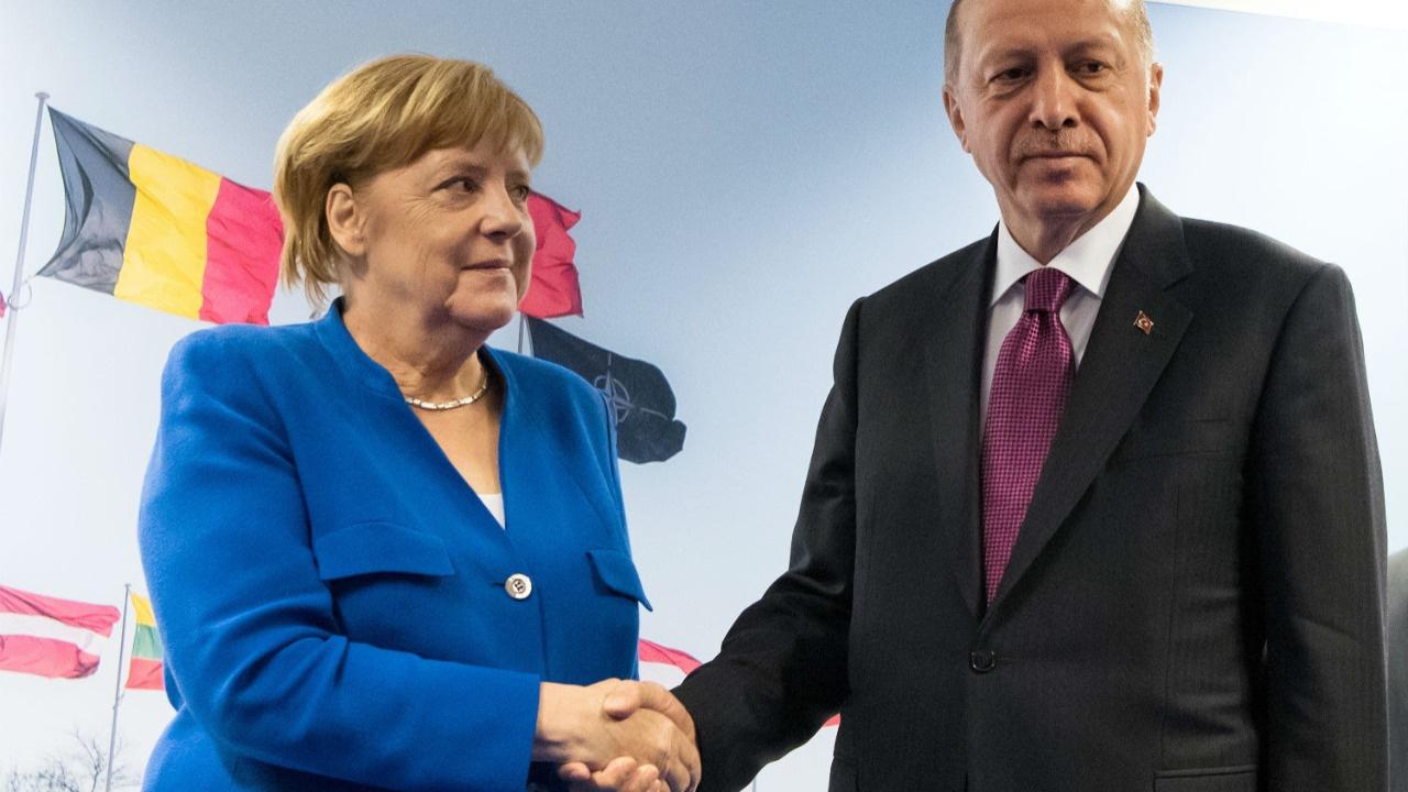 Merkel, 16 Ekim'de Türkiye'ye gelecek