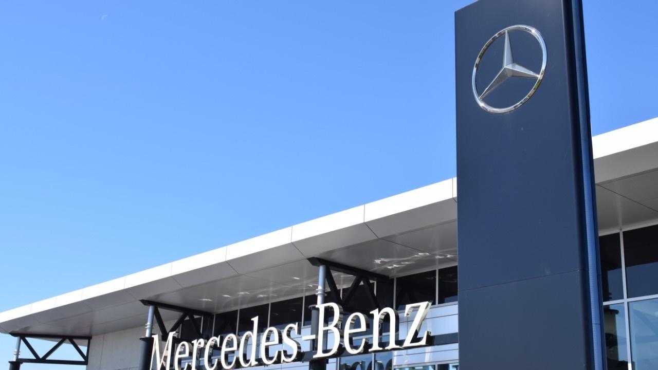 Mercedes üretime ara veriyor