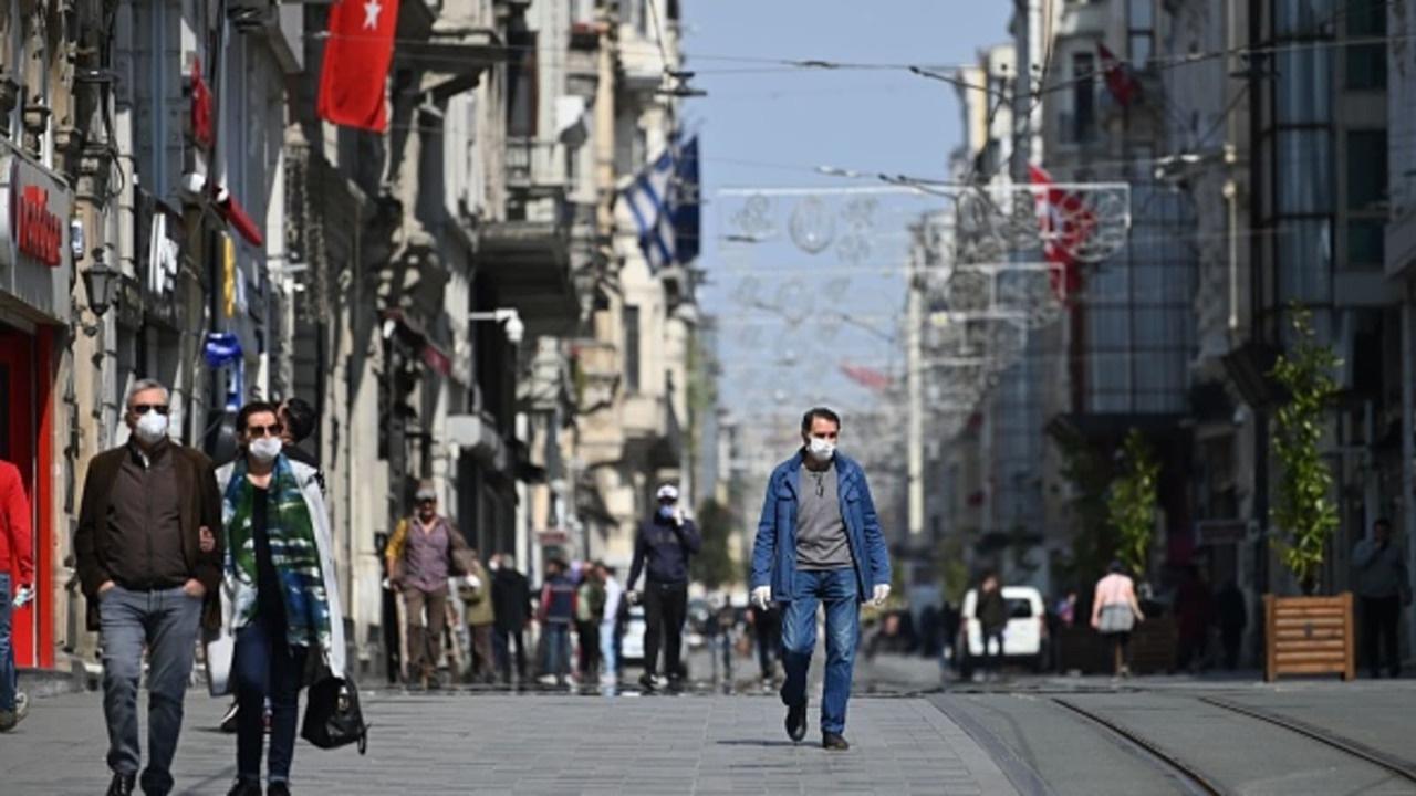 Yeniden sokağa çıkma yasakları gündemde