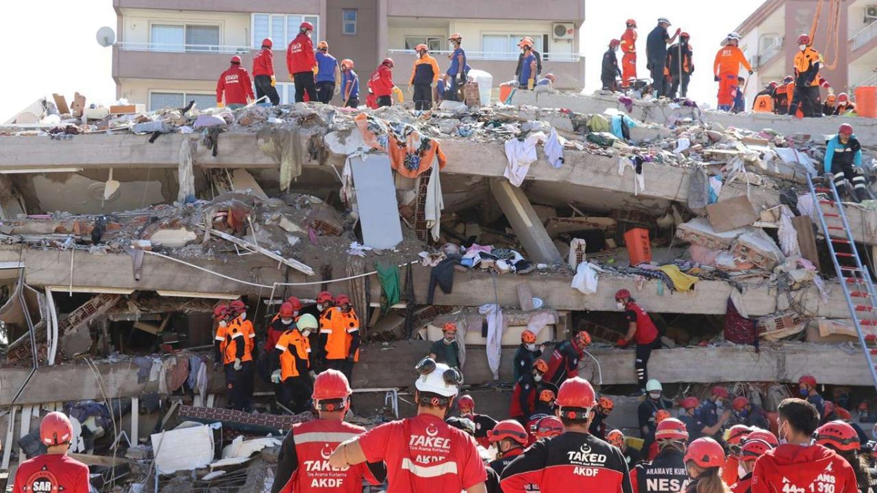 İzmir depreminde can kaybı artıyor