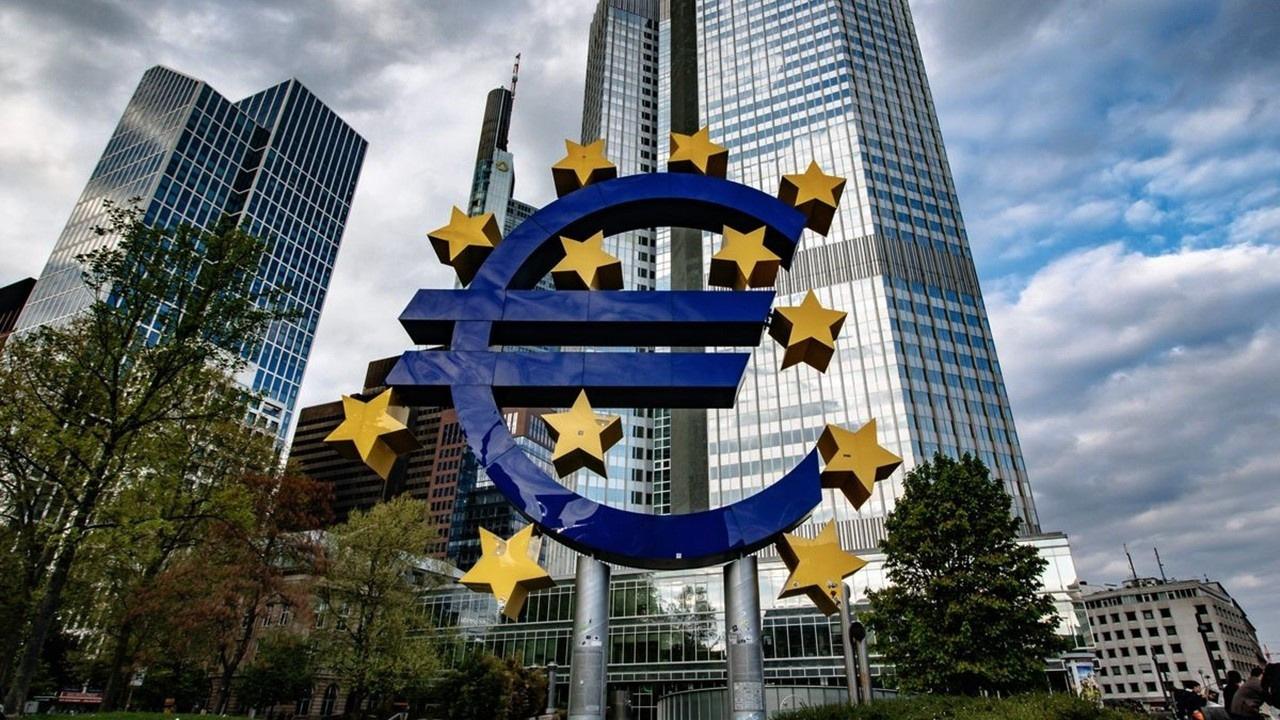 Euro Bölgesi'nde enflasyon 10 yılın zirvesinde